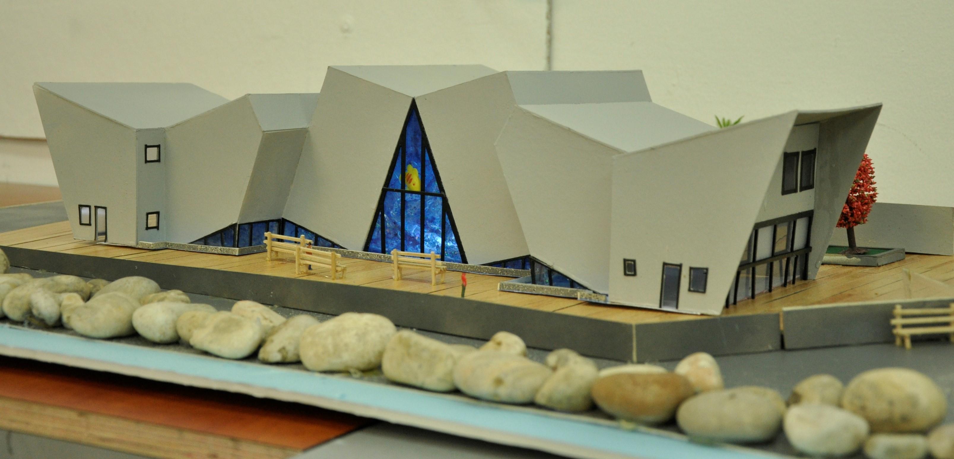 תכנון מרכז ספורט ימי, הנדסאי אדריכלות. מגישה ירדן אלעזר, מנחה לירז גרוס. צילום: מאיה לוי - שנקר הנדסאים
