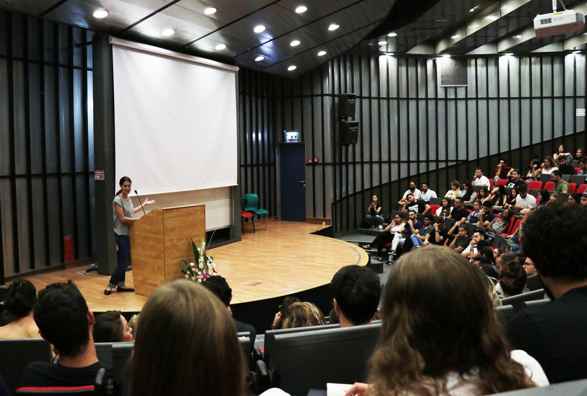 הגב' מיכל חיים - רכזת סיוע לסטודנטים - צילום: מאיה לוי - שנקר הנדסאים